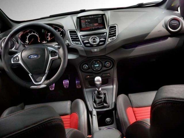 2015-Ford-Fiesta-ST-09.jpg