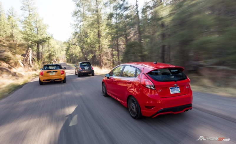 Ford Fiesta ST vs. Fiat 500 Abarth, Mini Cooper S Hardtop