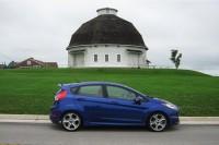 2014-ford-fiesta-st-profile-round-barn.jpg