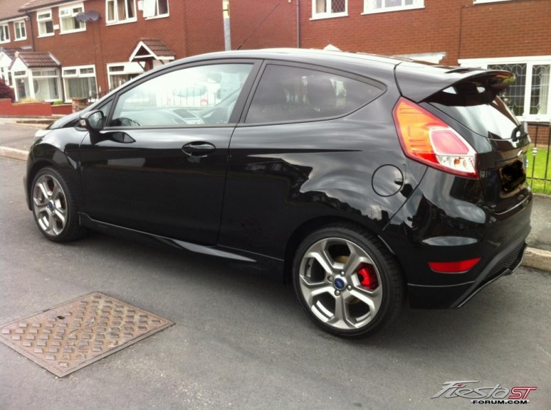 Panther Black Fiesta ST  Fiesta ST Gallery Pictures Images